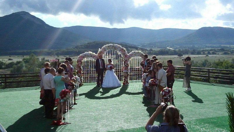 Свадьба в горах Крыма